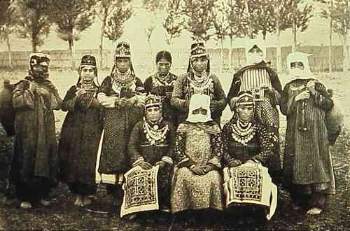 Armenian women – Van