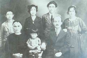 Armenian family – Alep 1925