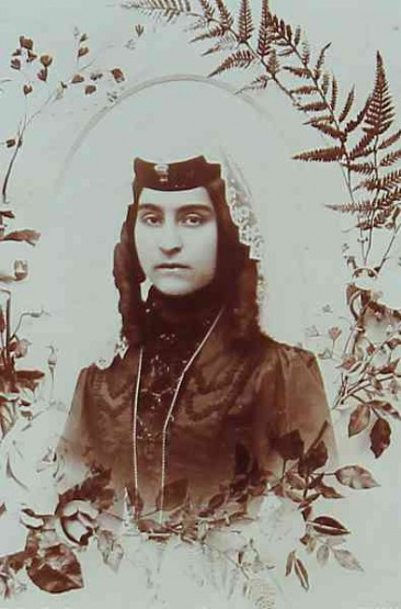 Armenian woman – Teheran 1900