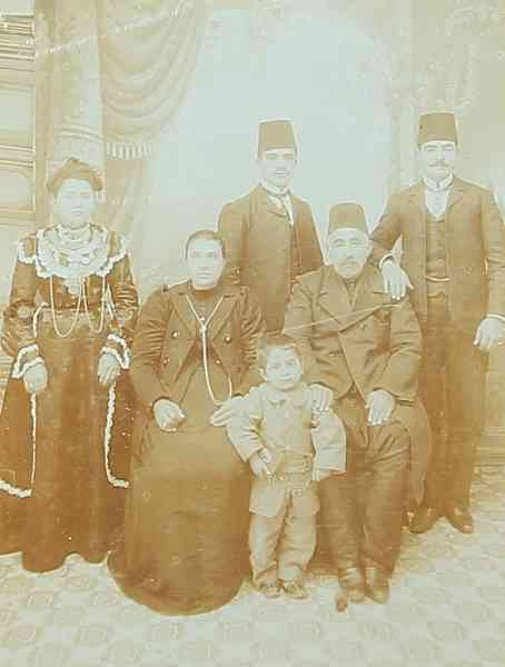 Ovsep Baghtchedjian and his family – Konya 1912
