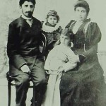 Young Armenian couple with their children - Constantinople 1912