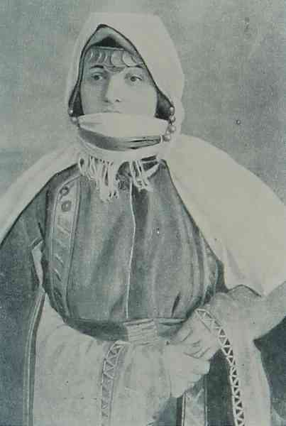 Armenian woman from Artsakh
