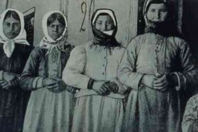 Armenian women from Garin