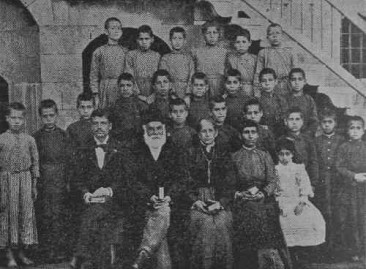 Orphans from Severag – Ourfa orphanage 1895