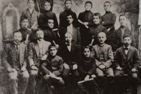 Armenian graduates of the Lusavorchian high school