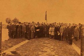 Remembrance ceremony at the Armenian volunteers cemetary – 1930