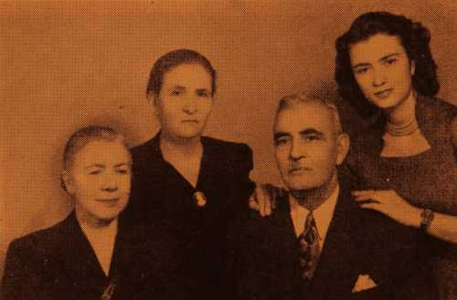 Mr and Mrs Baylozian, Mari Bidjimenian and her daughter Satenig