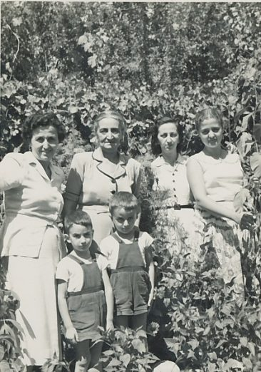 Anahid Balian and kids, Zarmanian family – early 1950s Chtaura (Lebanon)