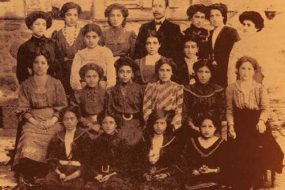 Hripsimian students and faculty – Garin 1911