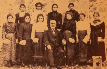 Hripsimian students with Director Yeghishe Doursounian – Garin 1901