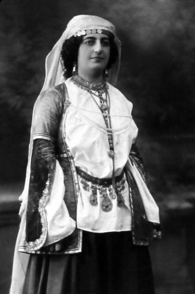 Armenian woman – Tiflis 1910