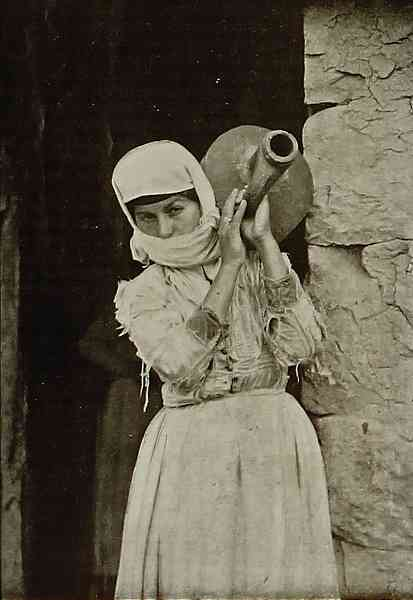 Armenian woman – Karakilise 1898
