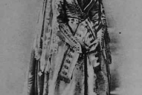 Armenian woman in ceremonial dress