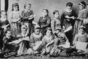 Schoolgirls – Kharpert