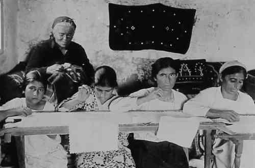 Sema Der Ghazarian, embroiderers – Syria