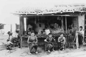 Shoemakers in Marash (Kermanig) region