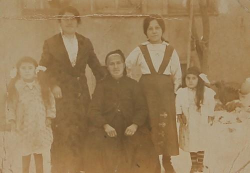 Armenian family – Eskishehir 1916