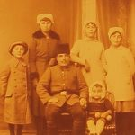Armenian soldier and his family