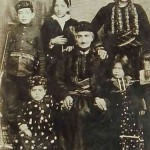 Armenian family - Akn 1912