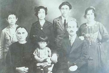 Armenian family – Alep 1925