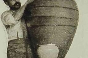 Armenian potter – 1906