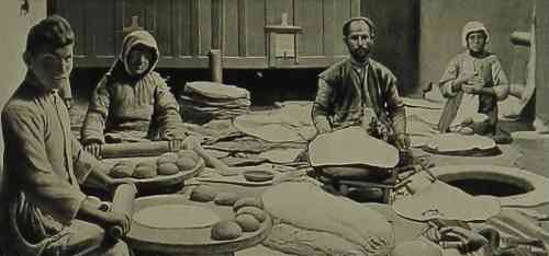 The making of lavash – 1906