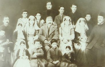 Armenian family – Teheran in the 1880s