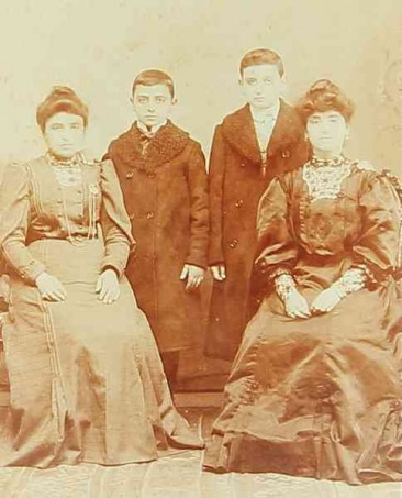 Armenian mothers and sons – Constantinople 1912