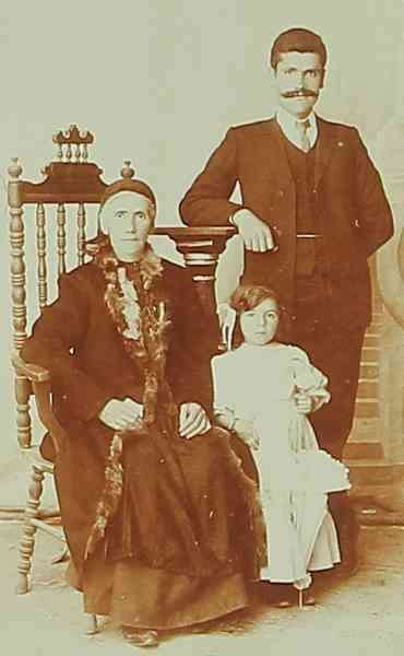 Kouyoumdjian family – Sebastia 1900