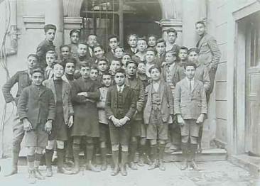 Getronagan Armenian High School – Constantinople 1924-1925