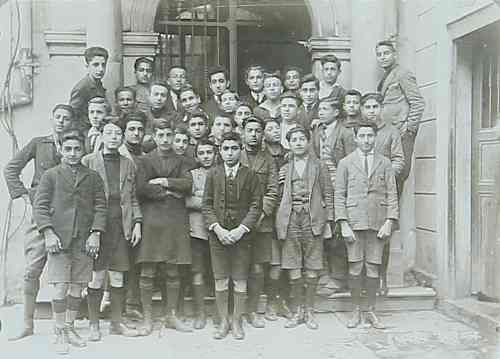Getronagan Armenian High School – Constantinople 1924-1925