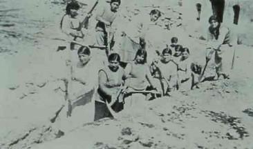 Armenian women from Ayntab