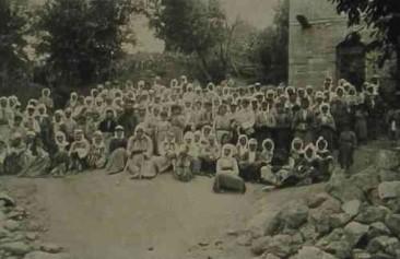 Widows and orphans in Hasanbeyli – Giligia