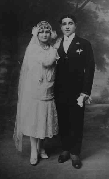 Wedding of Hripsime Koussamanoukian and Kevork Donabedian – 1927