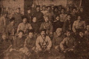 Armenian volunteers with General Antranig and Vahan Tcheraz