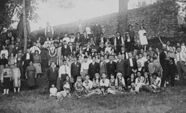 Armenians from Malatia during a Fête champêtre