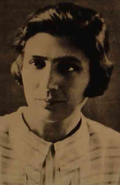 Aghavni poetess of Soviet Armenia