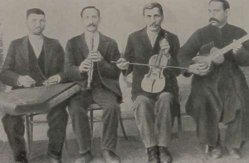 Djivani with his group