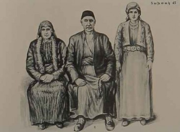 Armenian costumes of Akn