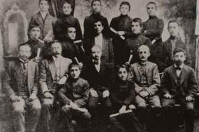 Armenian graduates of the Lusavorchian high school