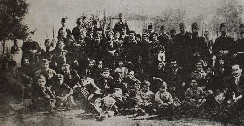 Armenian vacationers in Tots near Trapizon