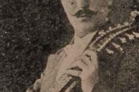 Alexander Hovannesian, kamantcha player