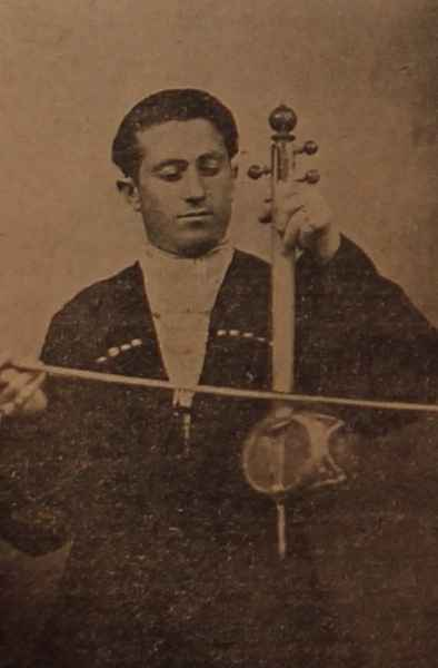 Hamo Karakeyan