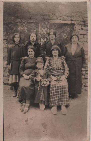 Kepeneghian family – 1927