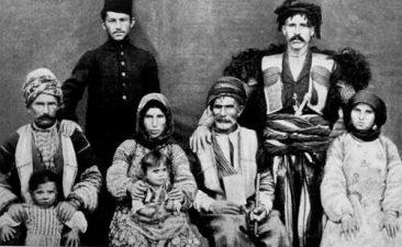 Armenian family, Semal village – 1904