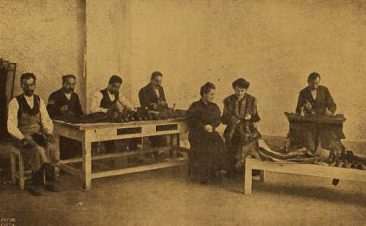 Refugees shoemakers – Tiflis