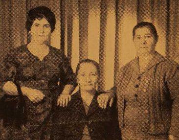 Eliz Harutunian, Hayganush Sivadian, Mari Nalbandian in Jerusalem