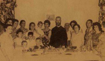 Hovhannesian family with Kahana Der Harutiun – USA