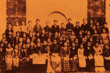 Hripsimiants Girl School – 1895
