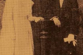 Karekin Djenderedjian with his bride – Smyrna